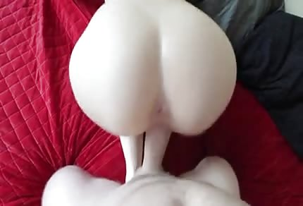 Big ass, big boobs - what else do you need?