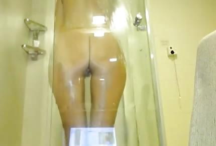 taka tam dupeczka pod prysznicem