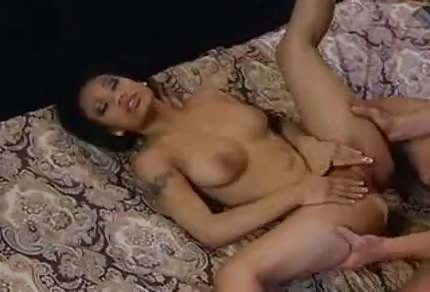 Fucking an asian chick