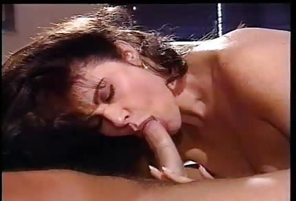 Śliczna buźka klasycznej porno gwiazdy
