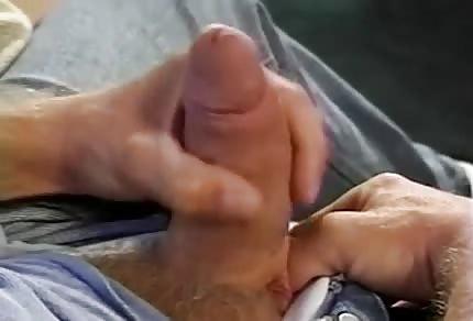 Tasowanie chuja podczas striptizu
