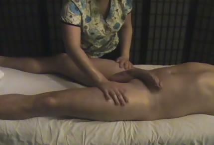 Miły masaż z finałem