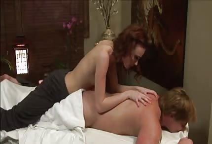 Zoe Voss - seksowna masażystka