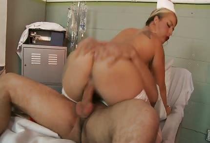 Pielęgniarka ratuje pacjęta