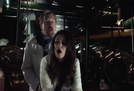 Mila Kunis ruchana od tylca