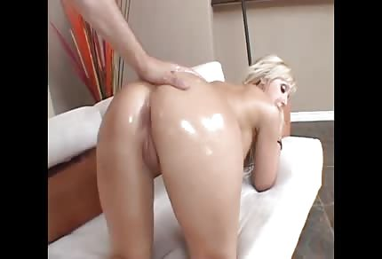 Cutie likes the doggy style