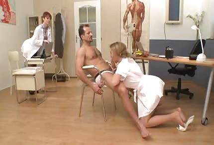 Podwójny team zdziry pielęgniarki