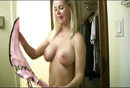Striptiz i seks przebieranki