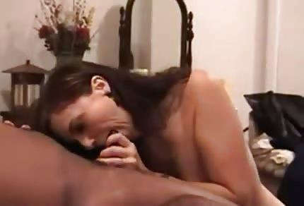 Mamuśka oddaje się murzynowi
