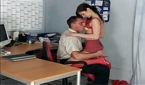 Wylizał cipkę swojej sekretarce