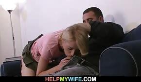 Un pote baise la femme de son voisin pour l'argent