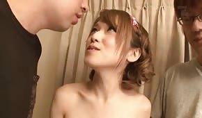 Orientalne laseczki uwielbiają spermę