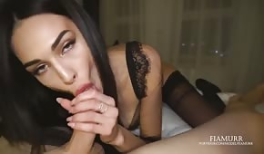 Gorąca młoda eskorta dała mi magiczny sex oralny - creampie ustne