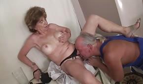 Oralne porno z dojrzałą żoną