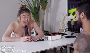 Porno gierka z blond laseczką