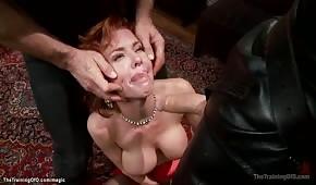 Mega ostre porno z rudą babeczką