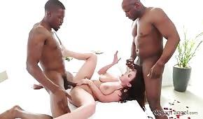 Seks na dwa baty z krągłą Angela White